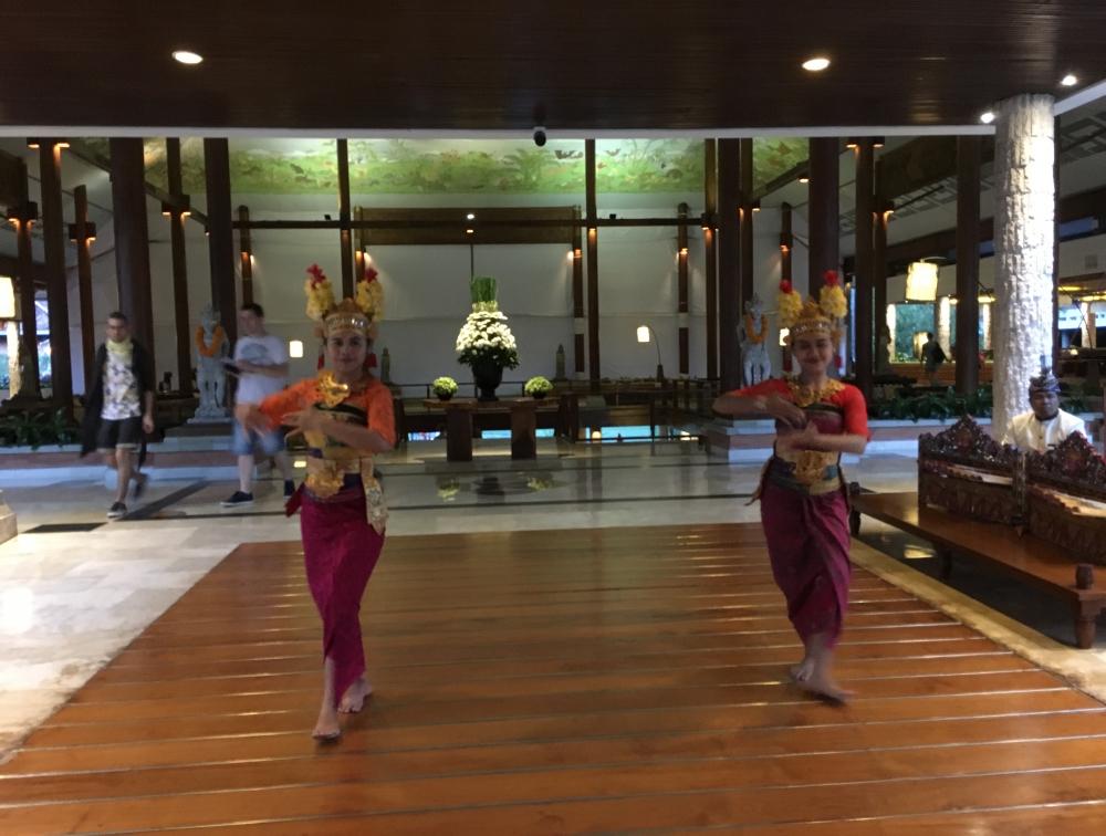 バリ島の雰囲気満載のホテル-1