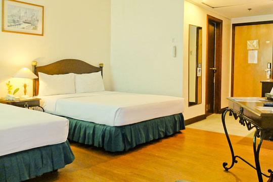 フィリピン航空直行便で行く セブ島!アヤラセンターから約5分!ゴールデンピーク ホテル&スイーツ[スーペリアルーム]宿泊