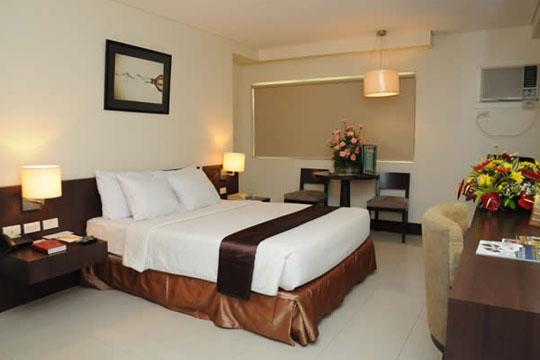 フィリピン航空直行便で行く マニラ!賑やかなエルミタ地区に位置する!シティステイト タワー ホテル[スーペリアプレミア]宿泊
