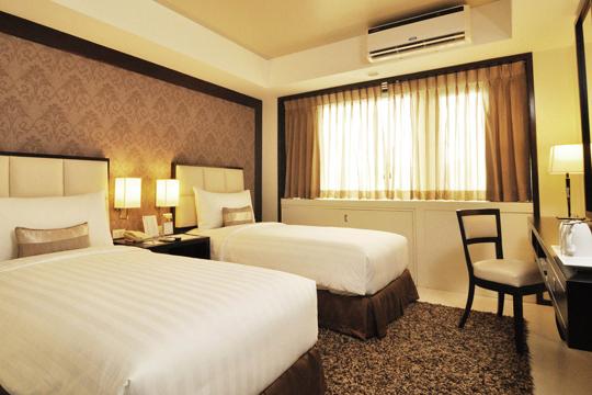 フィリピン航空で行く! 2012年グランドオープンのNEWホテル!クエスト ホテル & カンファレンス センター セブ[デラックス ルーム]宿泊